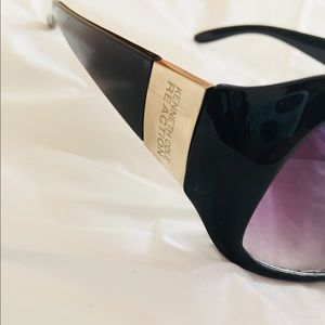 Kenneth Cole Reaction Sunglasses